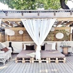 Pergola decorations that create an open, but private, outdoor space. Outdoor Rooms, Outdoor Gardens, Outdoor Living, Outdoor Decor, Outdoor Pallet, Outdoor Beds, Outdoor Bedroom, Diy Pallet, Outdoor Lounge
