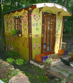 """"""" Dear Katy, Hi there -- this is my gypsy wagon chicken coop -- we love it."""" ----Jeannie R."""