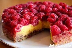 Bringebærsuksess | Det søte liv Pudding Desserts, Cookie Desserts, No Bake Desserts, Just Desserts, Baking Recipes, Cake Recipes, Dessert Recipes, Tapas, Norwegian Food