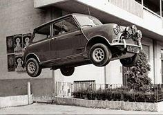 ICONIC theitalianjob #classicminisofengland #modifiedcars #oldskool #classics #oldschool...