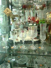 COPAS Y VASOS PERU: COPAS DE CRISTAL - VENTA Tablescapes, Glass Vase, Table Settings, Table Decorations, Retro, Vintage, Dining Rooms, Barcelona, Home Decor