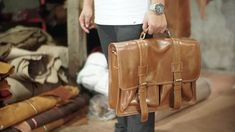 5 BEST BROWN MEN'S LEATHER WORK BAGS 2020 - Leather Bags for Men - Leather Laptop Bags - mens brown leather bags