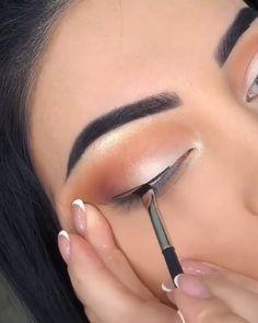 Maquiagem Simples: Aprenda Como fazer em Casa, passo a passo! - Haare,Nägel, Make-Up - Glam Makeup, Makeup Geek, Skin Makeup, Makeup Cosmetics, Makeup Hacks, Makeup Trends, Bridal Makeup, Hair Hacks, Makeup Eye Looks