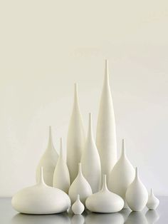 Cerâmicas brancas... Sara Paloma, designer...