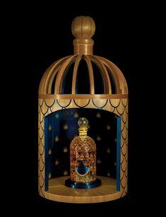 Guerlain : les 160 ans d'un flacon culte http://www.vogue.fr/beaute/buzz-du-jour/diaporama/guerlain-les-160-ans-d-un-flacon-culte/16572