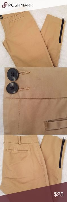 Cartonnier Khaki Pants Size 4 Inseam: 24  Front two pockets with zipper ankle openings Cartonnier Pants Ankle & Cropped