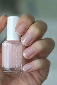 Tying Cute Pink Nails, Red Nails, Hair And Nails, Nail Polish Dry Faster, Dry Nail Polish, Nail Polishes, Nail Nail, Diy Nails Soak, Nail Soak