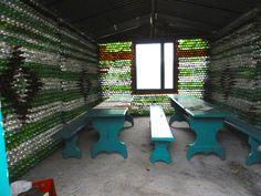 bottle-house-inside.jpg (4320×3240)