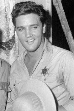 Elvis ~ love that smile