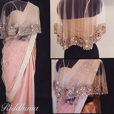 Mirror-work cape blouse and mirror,badla-work saree Saree Jacket Designs, Saree Blouse Patterns, Skirt Patterns, Coat Patterns, Sewing Patterns, Stylish Blouse Design, Fancy Blouse Designs, Dress Indian Style, Indian Dresses