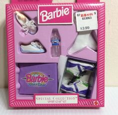 Barbie Special Collection Sport Gear Set Accessories NRFB Vtg 1999 Sealed New Barbie Box, Barbie Doll Set, Barbie Sets, Doll Clothes Barbie, Doll Toys, Barbie Furniture, Barbie Playsets, Made To Move Barbie, Barbie Doll Accessories
