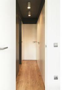 Diseño y reforma de apartamento. Madrid. Iglesias-Hamelin arquitectos c.b. Pasillo.