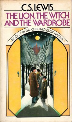 This was the cover on the first Chronicles of Narnia book I read to my children. Now they have all introduced my grandchildren to Narnia. Thank goodness for good books! This Is A Book, Up Book, I Love Books, Great Books, Book Nerd, Best Fantasy Book Series, Fantasy Books, Thing 1, Chapter Books