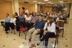 El triángulo » La peña Chicuelina de Onda entrega su medalla al ganadero Pedro Jovaní