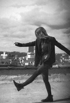I, I follow... I follow you deep see baby... I follow you - Lykke Li <3