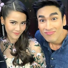 Thai Drama, Sweet Couple, Traditional Dresses, Cute Couples, Otp, Dramas, Thailand, Crown, Actresses