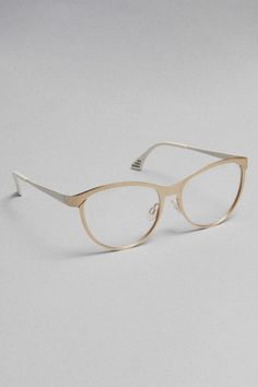 Glasses Frames Low Bridge : 1000+ images about Glasses for my low bridge asian nose on ...