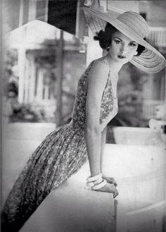 #Vintage #Fashion #Chic
