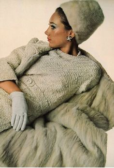 Marisa Berenson photographed by Irving Penn, Vogue US 1965