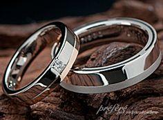結婚指輪(マリッジリング)は 四角いプリンセスダイヤをセットして</br>スタイィッシュなデザイン