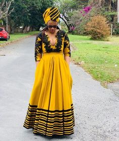 xhosa attire for African women - fashiong ⋆ South African Dresses, South African Traditional Dresses, South African Fashion, Latest African Fashion Dresses, African Dresses For Women, African Print Fashion, African Attire, Traditional Outfits, Traditional Styles