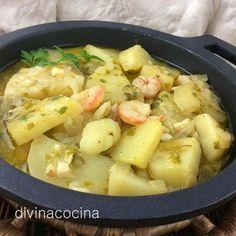 Estas patatas en salsa verde quedan buenísimas si al ir terminando la cocción añades unas almejas, unas gambas peladas, o unos dados de bacalao.