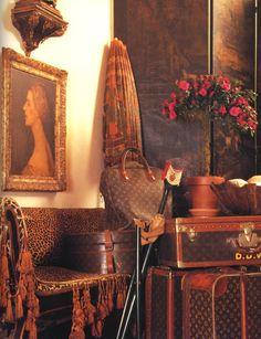 DIANA VREELAND- THE EYE HAS TO TRAVEL   - DV's Louis Vuitton Luggage