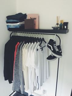 The Classy Issue Bedroom Setup, Bedroom Decor, Hypebeast Room, Minimalist Closet, New Room, Room Inspiration, Fashion Inspiration, House, Home Decor