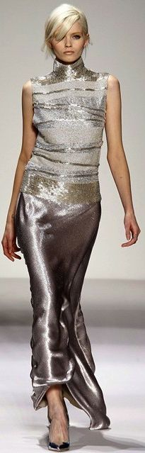 Gianfranco Ferré Fall 2011 Ready-to-Wear Fashion Show - Abbey Lee Kershaw Beauty And Fashion, Look Fashion, High Fashion, Fashion Show, Fashion Design, Fashion Outfits, Beautiful Gowns, Beautiful Outfits, Party Wear