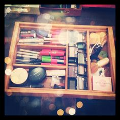 Silverware tray for makeup organization! #diy #organization #makeup