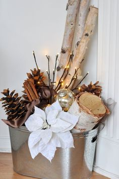 ~ Tin Tub, Aspen Logs, Poinsettia, Large Pine Cones, Cinnamon Sticks w/ Lighted Branches ~ Perfect for an empty corner....