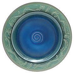 Park Avenue Collection Chenoa Carved 20In Ceramic Plate