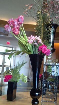 Flower arrangement ....♥♥....