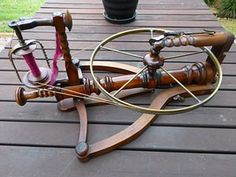 The Spinning Wheel Sleuth Newsletter: Spinning Wheels, Hand Looms and Tools Diy Spinning Wheel, Spinning Wheels, Spinning Yarn, Hand Spinning, Spin Me Right Round, Inkle Loom, Lathe Machine, Twist And Shout, Yarn Tail