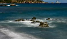 Giardini-Naxos #GiardiniNaxos #Sicilia #Sicily #Italia #Italy #easternsicily #beach #longexposurephotography #beautifullandscapes #landscapephotography #Nikon #travel #longexposure #yacht #boat #ship #ocean #Mediterranean #Mediterraneansea #rocks #waves #photographyislife #igerssicilia #igersitalia
