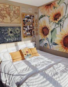 18 Cool Bedroom Decor in Your Home - Bedroom Design Home Bedroom, Bedroom Decor, Bedroom Inspo, Girls Bedroom, Bedroom Rustic, Grey Teen Bedrooms, Modern Bedroom, Map Bedroom, Master Bedroom