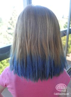 Homemade Hair Chalk Tutorial for Tweens Hair Tips Dyed Blue, Hair Dye Tips, Vintage Hairstyles, Pretty Hairstyles, Cute Hairstyles, One Hair, Hair Dos, Hair Dye For Kids, Biracial Hair