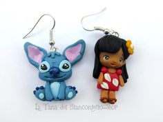 Polymer Clay Lilo and Stitch Fimo Disney, Polymer Clay Disney, Polymer Clay Dolls, Polymer Clay Miniatures, Polymer Clay Charms, Polymer Clay Creations, Disney Crafts, Polymer Clay Jewelry, Clay Projects