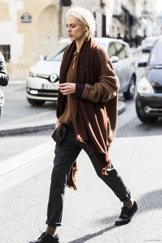 loose fit knits. #AymelineValade #offduty in Paris.