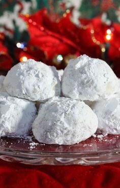 Christmas Pecan Balls!