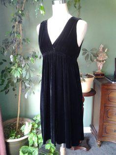 GORGEOUS VINCE BLACK SILKY VELOUR EMPIRE WAIST COCKTAIL DRESS M  #Vince #EmpireWaist #Cocktail