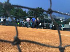 AAB inaugura novas quadras de tênis - A Associação Atlética Botucatuense (AAB) inaugurou nesta sexta-feira, dia 16, a reforma de suas três quadras de tênis de saibro. A solenidade antecedeu o início de um torneio de tênis em duplas organizado pela nova diretoria do Departamento, formada por Rodrigo Undiciatti, Guilherme Colauto, Martin - http://acontecebotucatu.com.br/esportes/aab-inaugura-novas-quadras-de-tenis/