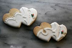 Wedding cookies! Repinned by www.cookiecutter.com #wedding #cookies
