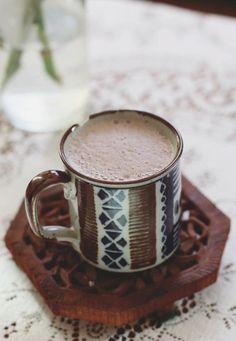 ホットドリンクで温まろう♪牛乳・紅茶・コーヒーを使ったアレンジレシピ もっと見る もっと見る