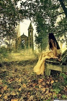 Saoirse and the ruined manor beyond the labyrinth