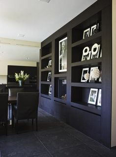 10 Tenacious ideas: Floating Shelves Under Mounted Tv Woods white floating shelves built ins.Floating Shelves Around Tv Medium. Industrial Floating Shelves, Floating Shelves Bedroom, White Floating Shelves, Floating Shelves Kitchen, Rustic Floating Shelves, Living Comedor, Modern Shelving, Shelf Design, Home And Living