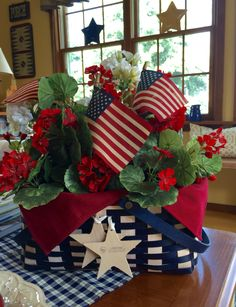 : 31 Creative Fourth of July Decoration Ideas to Bring the Spirit of the Celebration Into Your . 31 Creative Fourth of July Decoration Ideas to Bring the Spirit of the Celebration Into Your Home Decoration Fourth Of July Decor, 4th Of July Celebration, 4th Of July Decorations, 4th Of July Party, July 4th, Patriotic Crafts, Patriotic Party, July Crafts, Patriotic Room