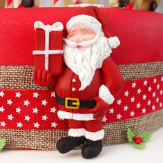 2D Icing Traditional Santa And Present