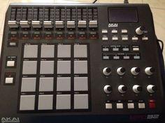 MIDI controller Akai MPD32 usb pad