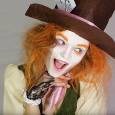 Transform yourself into this crazy character from Alice in Wonderland with our easy Mad Hatter face paint to tutorial. This make-up tutorial is easy to follow and you can watch the full version on our YouTube channel. Perfect for anyone looking for World Book Day costume ideas or something to wear for Comic Con or Halloween! World Book Day Costumes, Book Character Costumes, Book Week Costume, Character Makeup, Mad Hatter Costumes, Cute Costumes, Costume Ideas, Cosplay Ideas, Scary Halloween